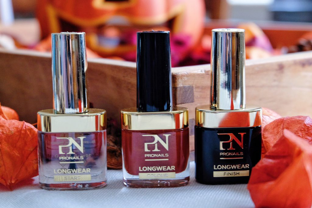 COLOR YOUR LIFE WITH THE PRONAILS LONGWEAR NAILPOLISH